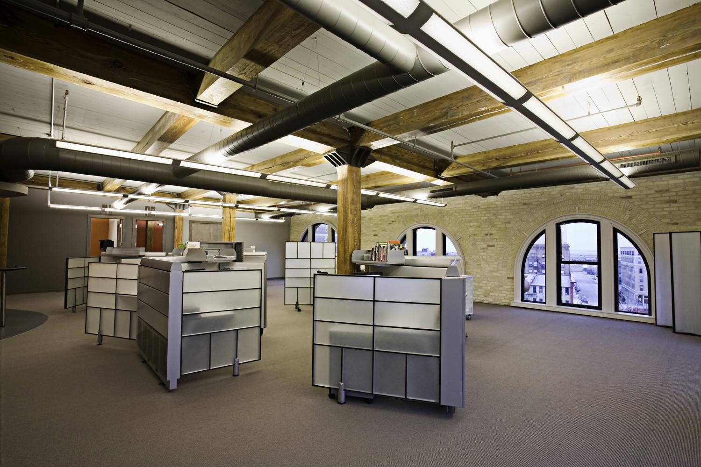 Office01 small.jpg