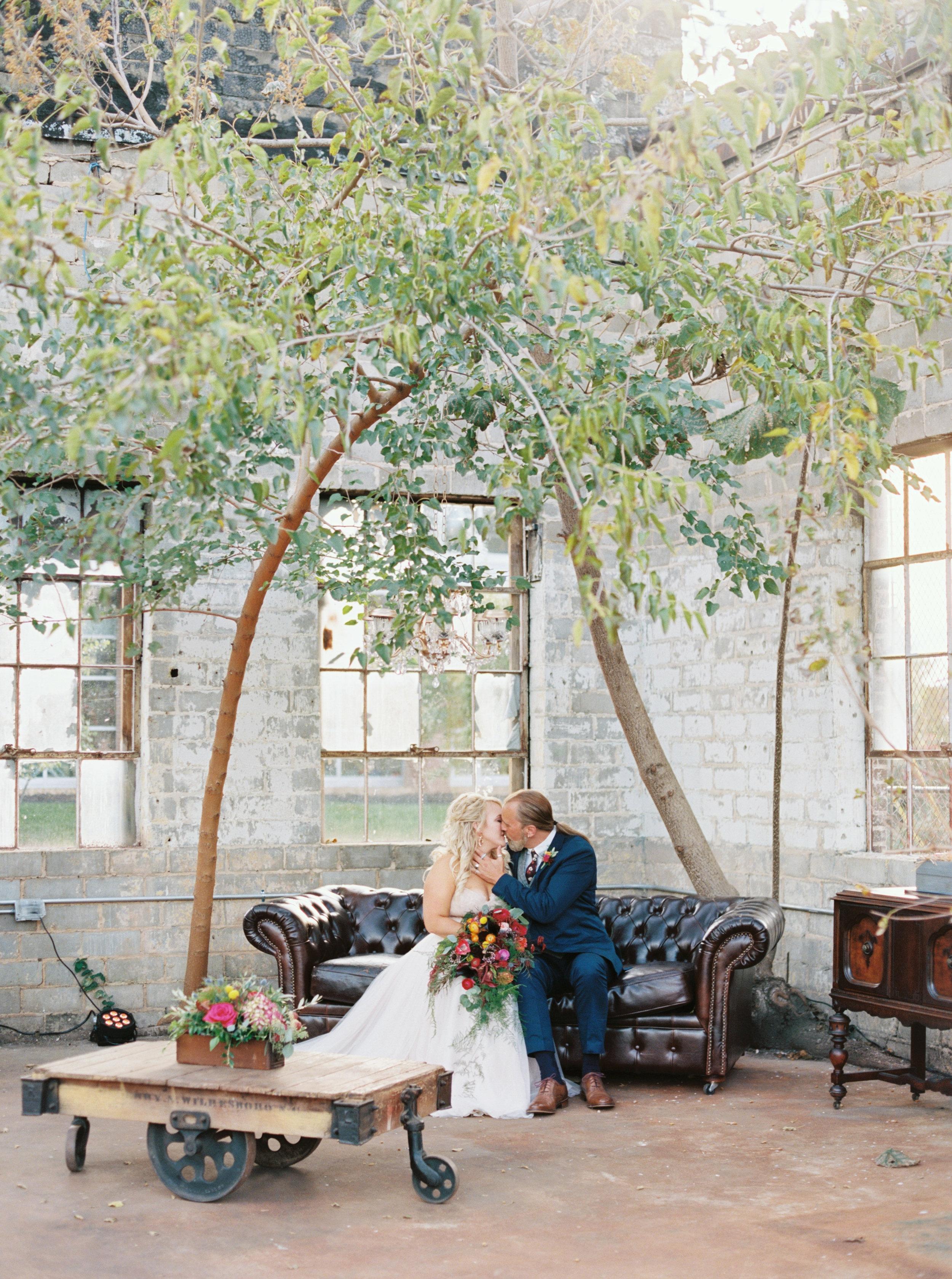Mandi_Oliver_Chattanooga_Wedding_Abigail_Malone_Photography_Film-292.jpg