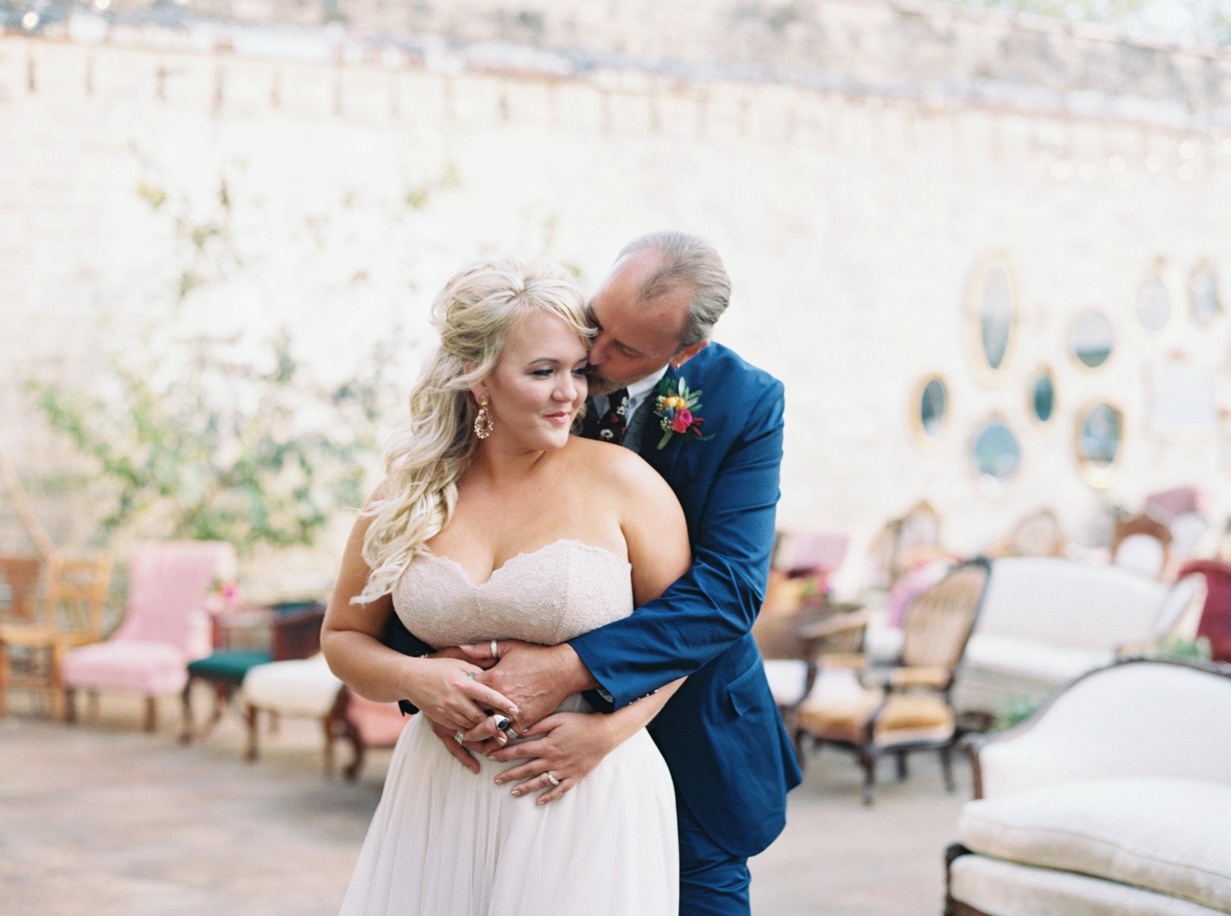 Mandi_Oliver_Chattanooga_Wedding_Abigail_Malone_Photography_Film-301.jpg