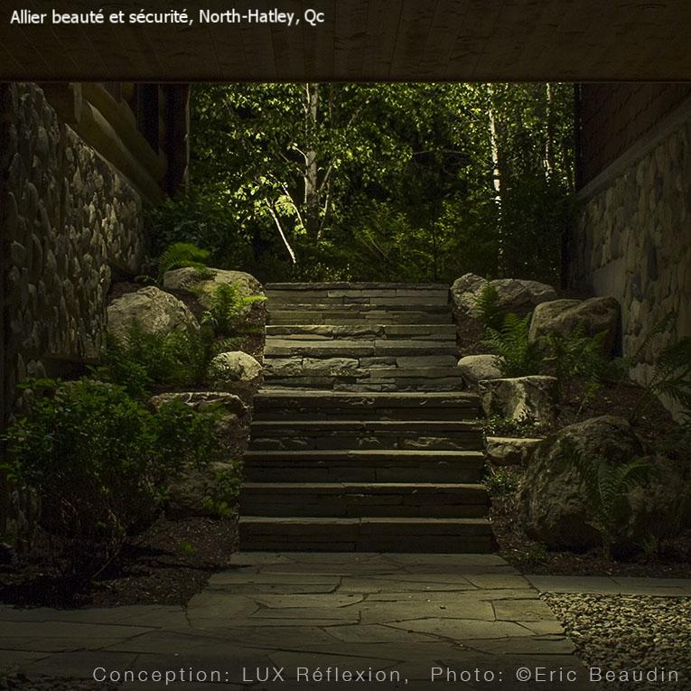 Éclairage paysager,  escalier de pierre