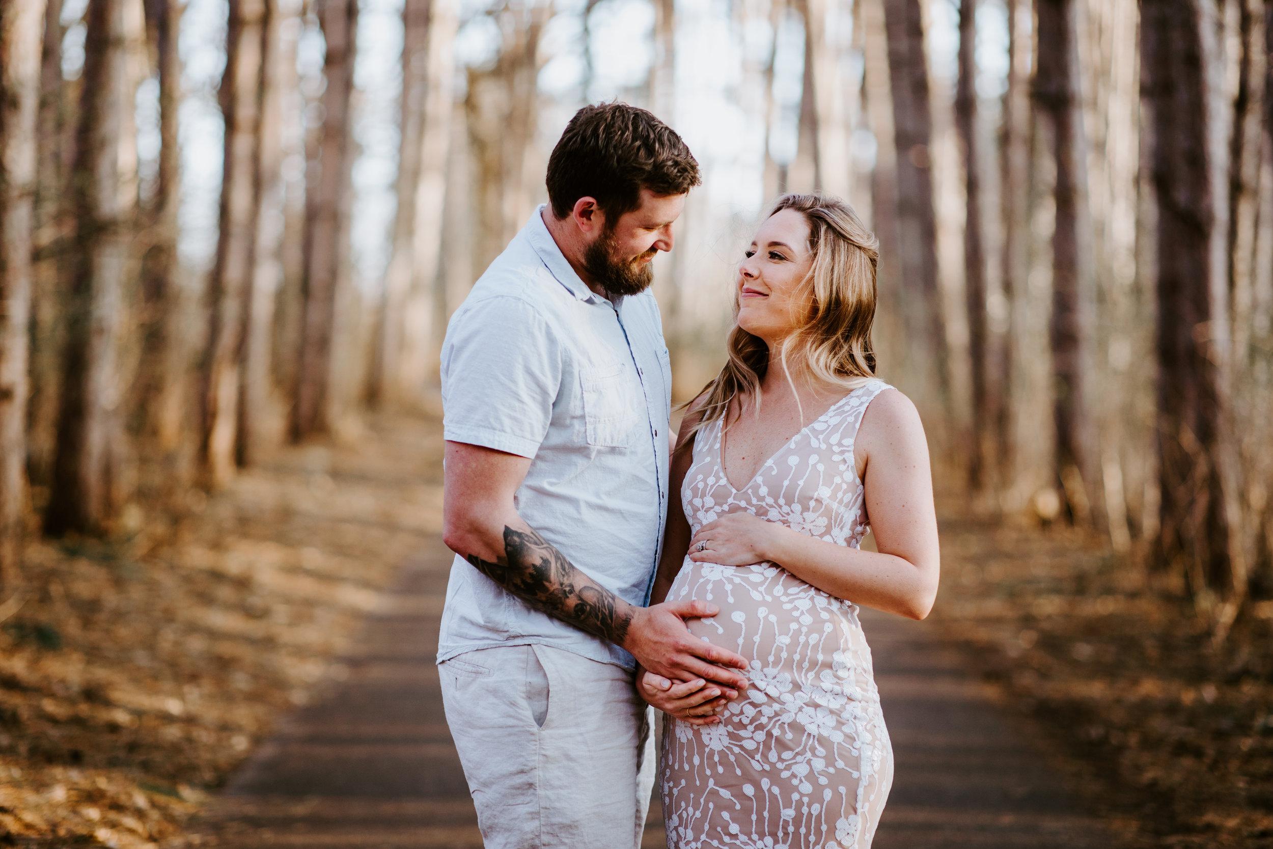 sarahkarnas-maternity-megan-2019-388.jpg