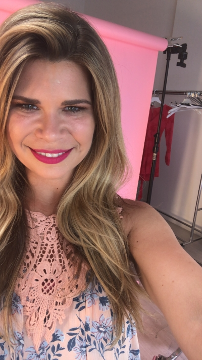 Its me, on set with Ipsy!
