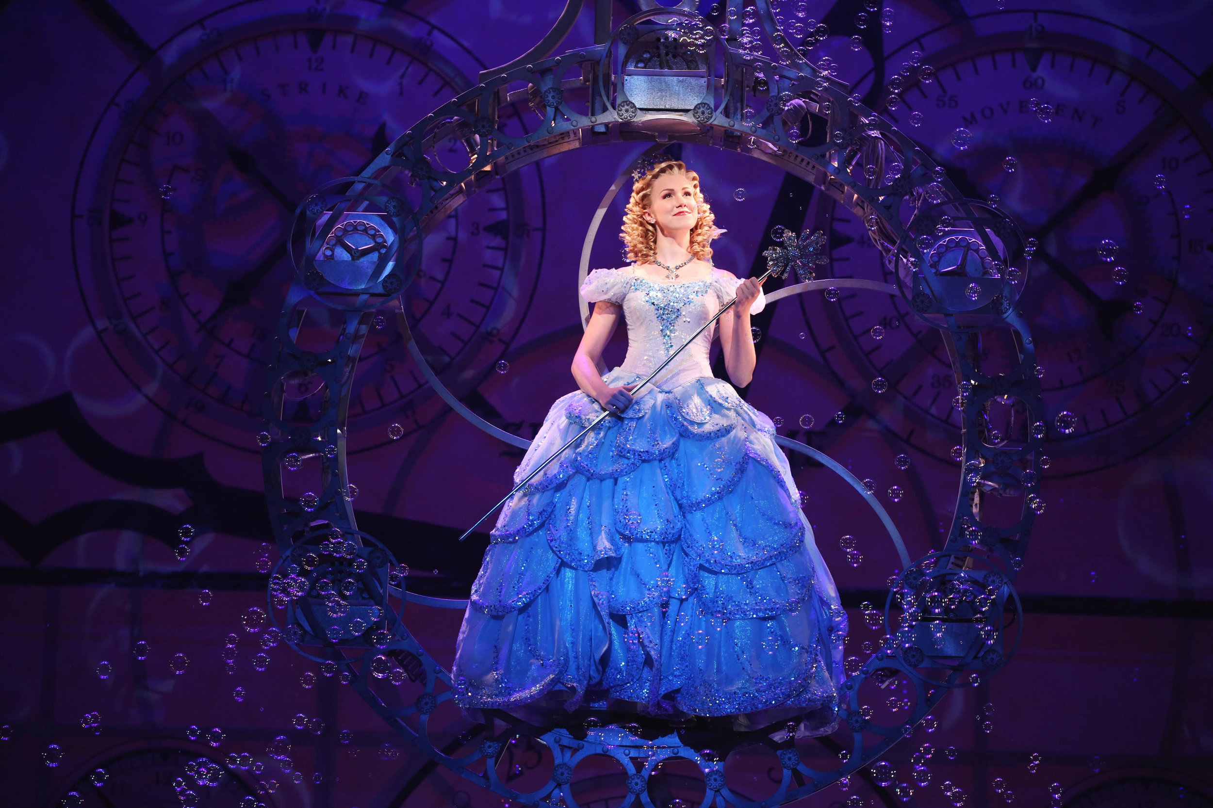 Ginna Claire Mason as Glinda in Wicked (Broadway).Photo by Joan Marcus.