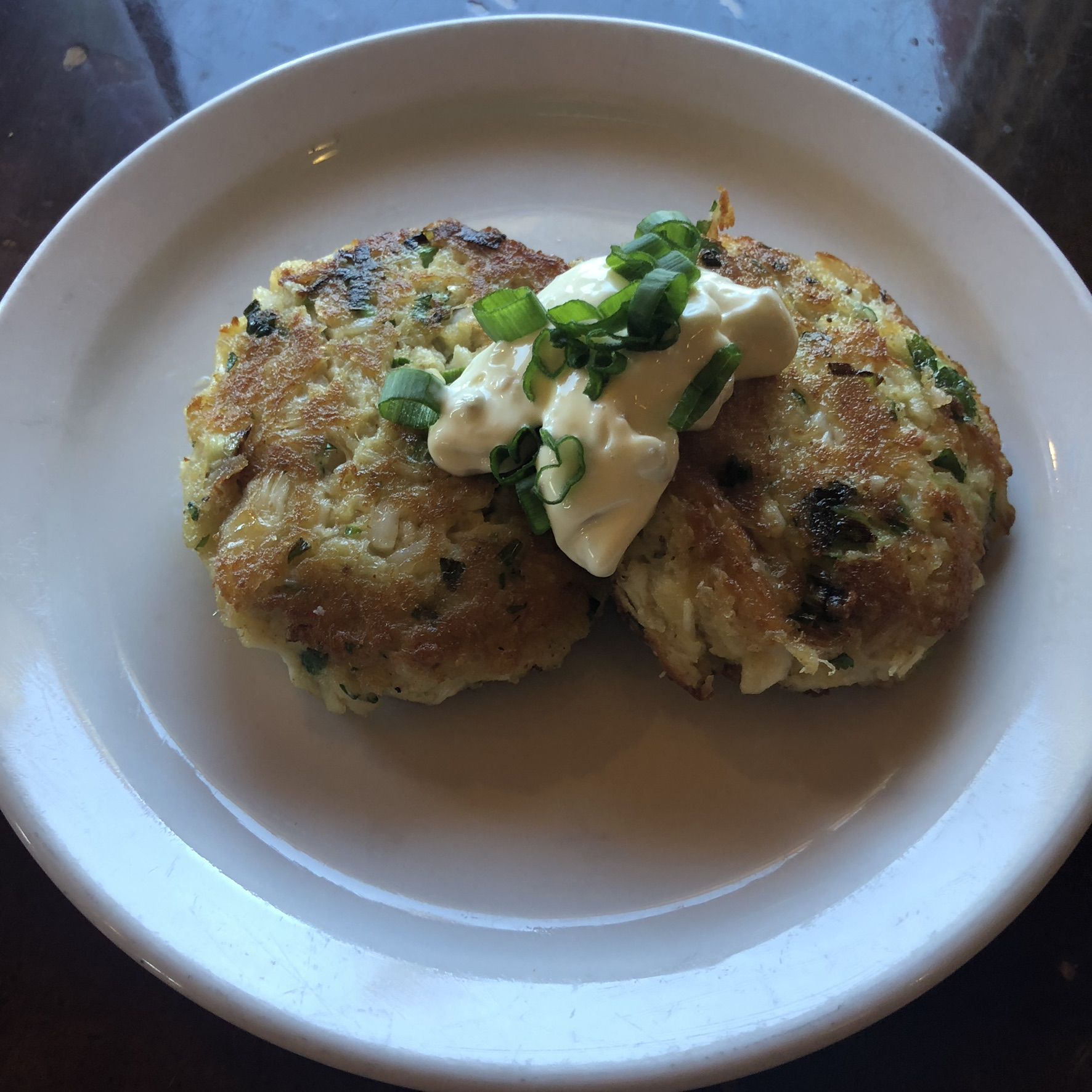 finished crab cakes arapahoe cafe