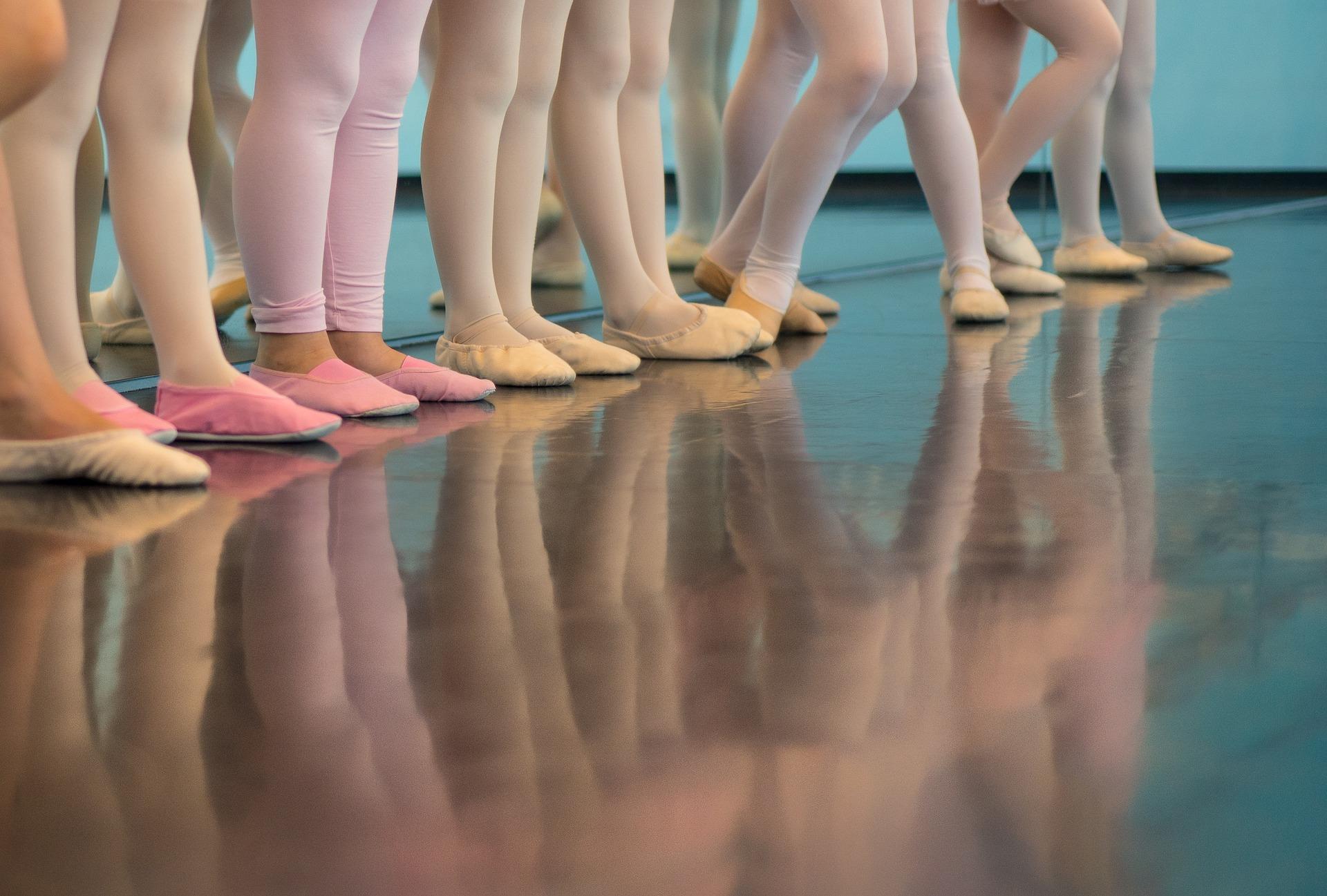 ballerina-1453074_1920.jpg