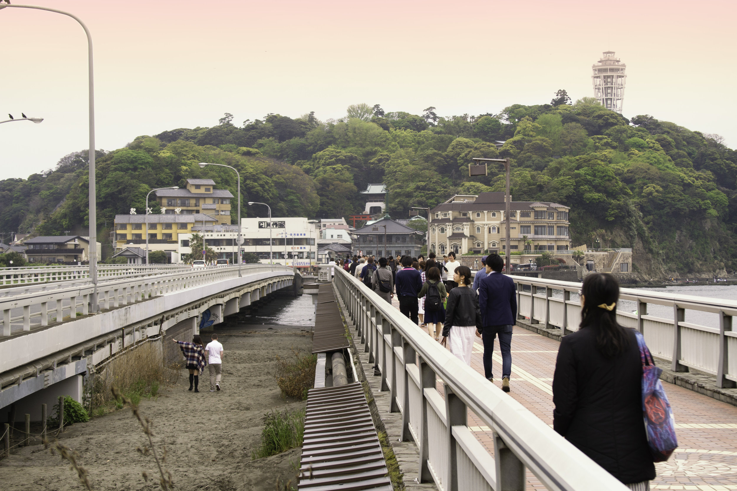 Enoshima_Bridge.jpg