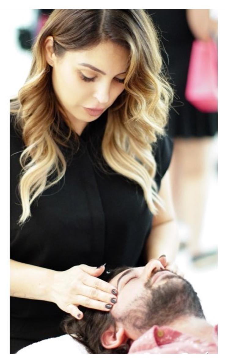 Angelina Mancinas  | Eyebrow Specialist + Makeup Artist of Neihule Salon in Los Angeles