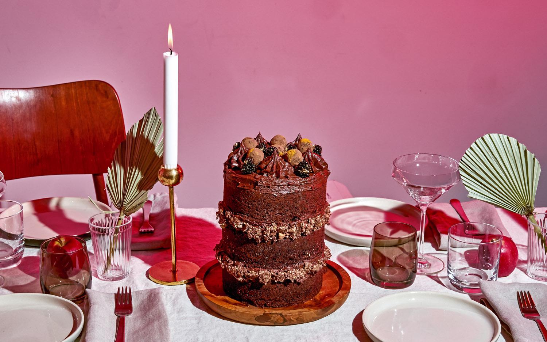 west-elm-xmas-cake-01.jpg