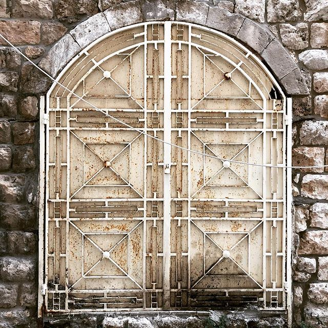 I love a gorgeous door- it makes me imagine the beautiful things that lie beyond. Found this one in the old souk of #jounieh, a seaside destination in #lebanon and I really want to take it #home 💙 . . . #doorsthatinspire #patternonpattern #heritage #stones #doorsofinstagram #door #souk #doorsofdistinction #livelovelebanon  #layersofhistory #stone #sepia #middleeast #homedecor #design #art #casabeythome #jouniehbay #wanderlust #travelphotography #inspiration #designspiration