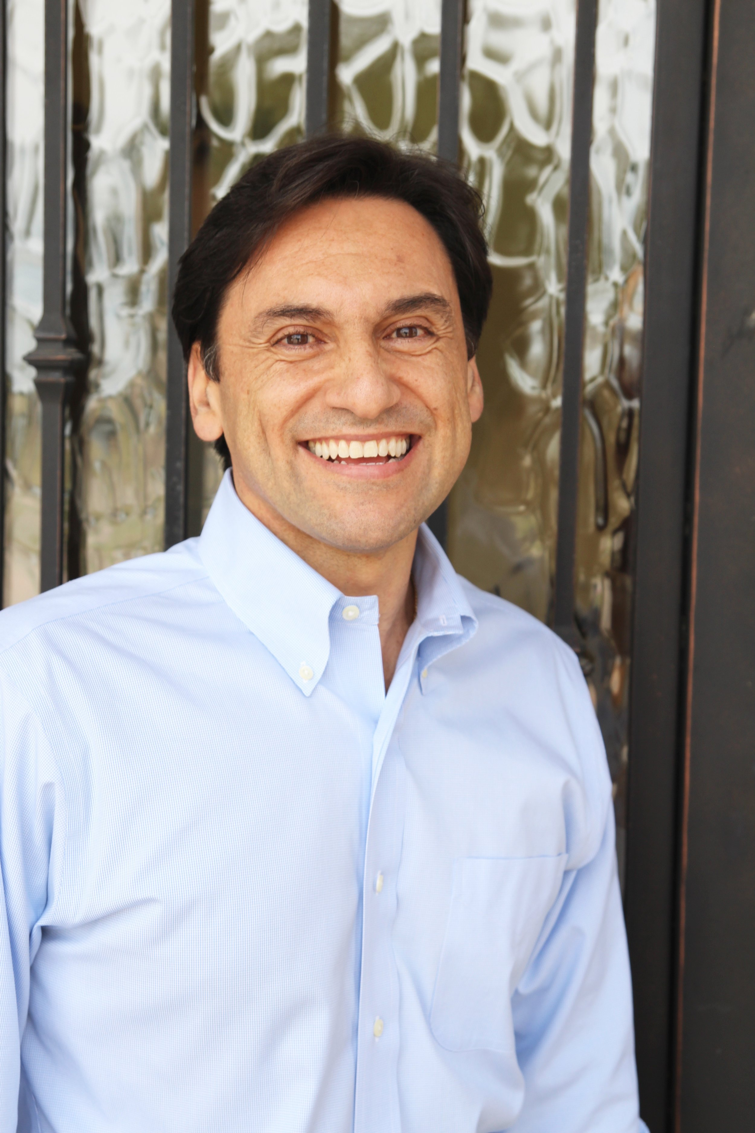Dr. Ernest De Paoli - With over 30 years experience, Dr. De Paoli's commitment to innovative, personalized patient care makes him one of Frisco's leading dentists.
