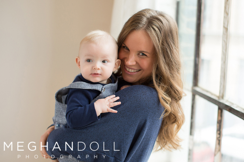 mom-smiles-with-6month-baby-boy