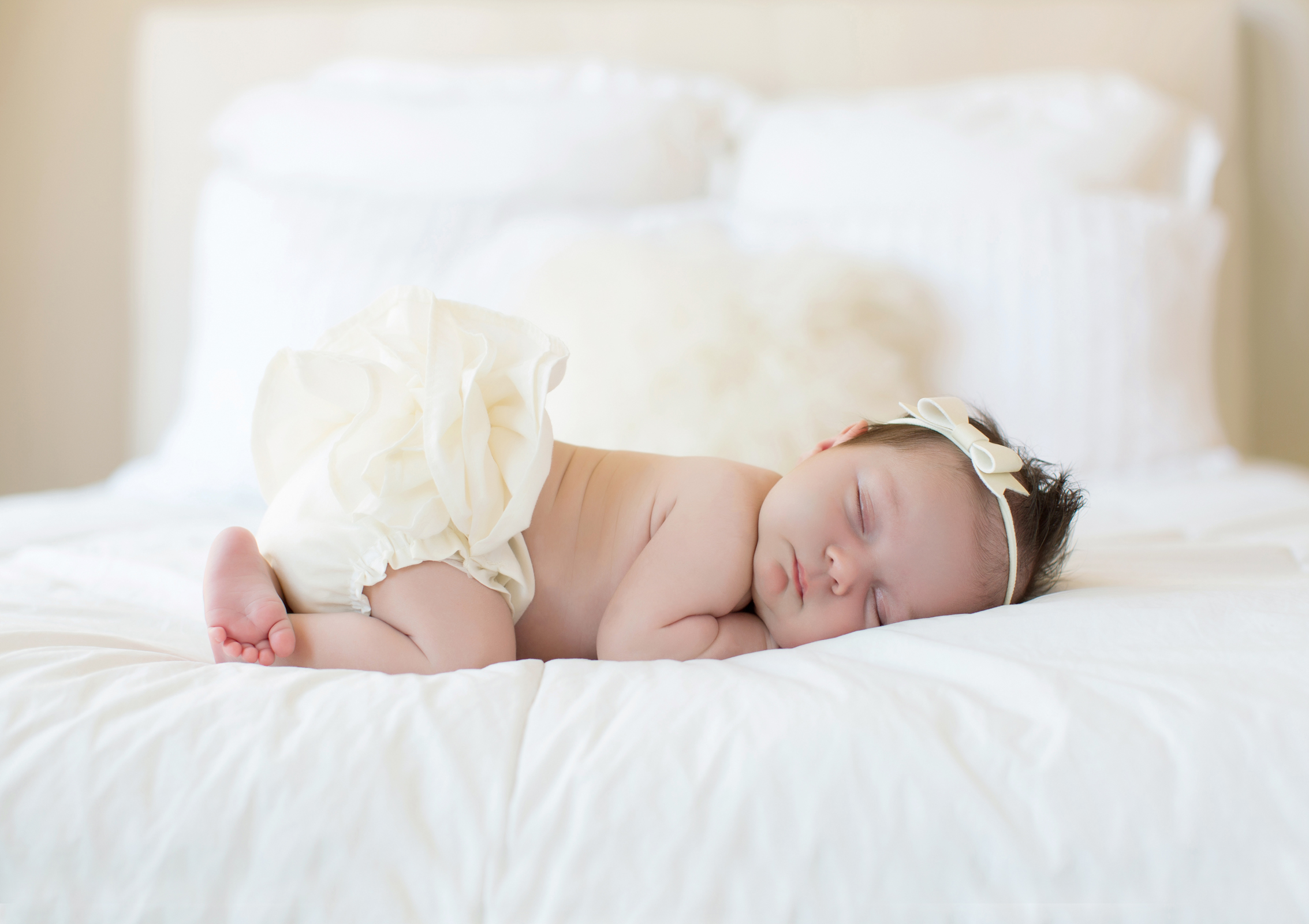 peacefully-sleeping-newborn-girl.jpg