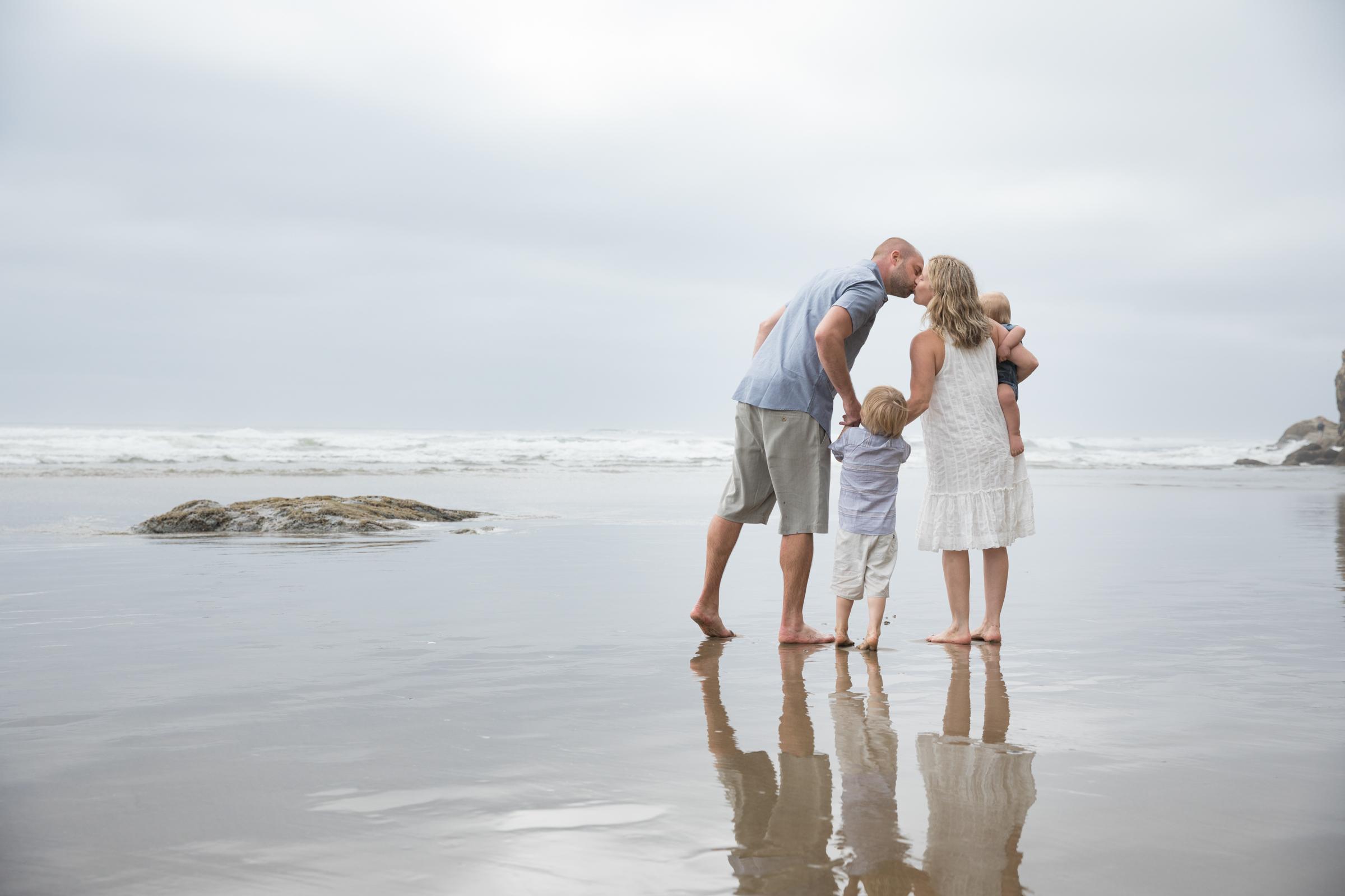 Beach_Kisses.jpg