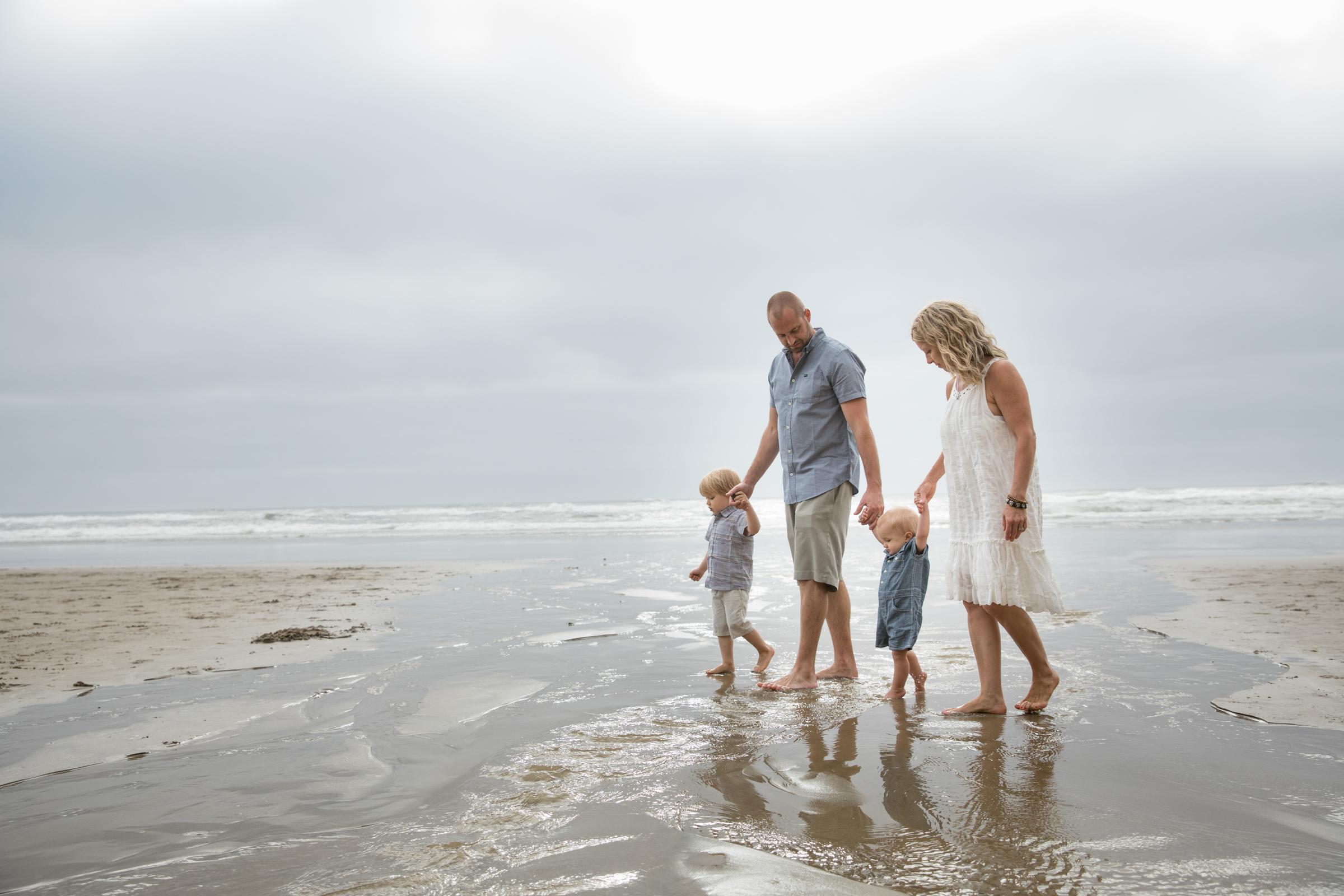 Family_On_Oregon_Beach.jpg