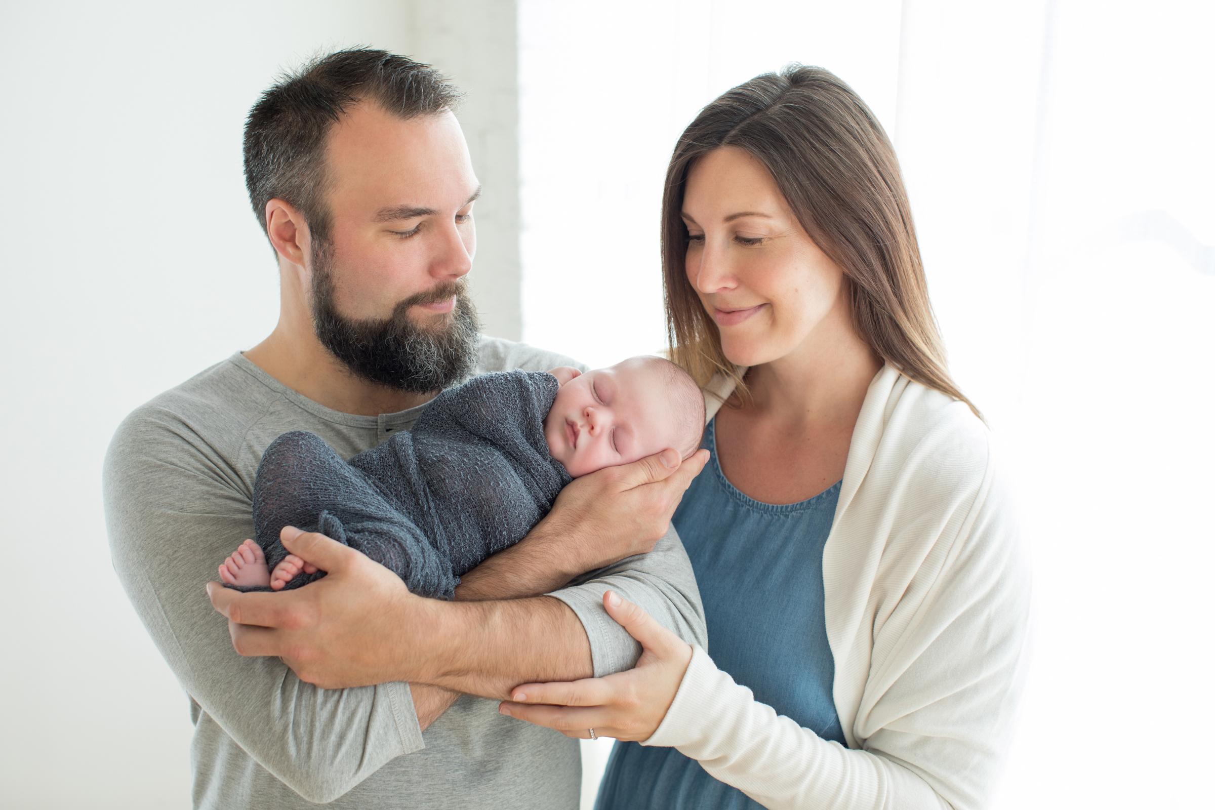 Mom_Dad_Newborn.jpg