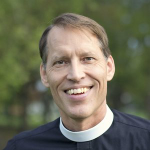 Kevin Miller, Savior's Rector, was editor and vice-president at Christianity Today for 26 years and then associate rector at Church of the Resurrection for 5 years. He has been the rector at Savior since January 2017, and is also the co-founder of PreachingToday.com and CTPastors.com.