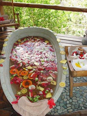 fruit bath.jpg