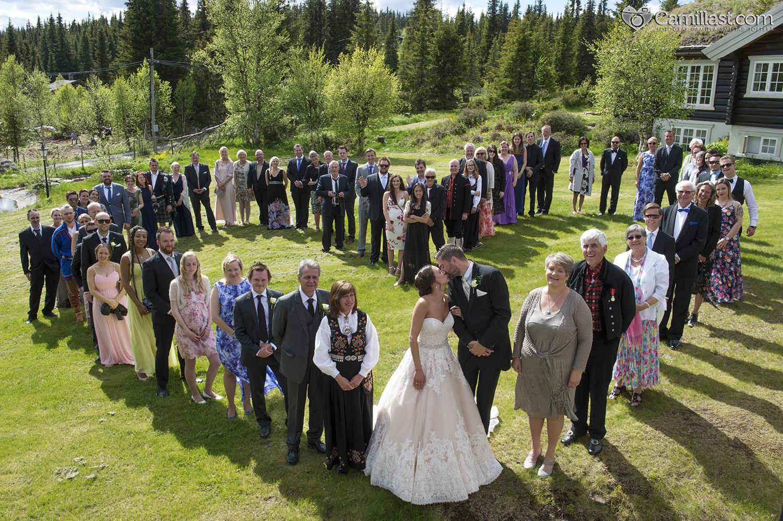 gruppebilde_bryllup_gjester