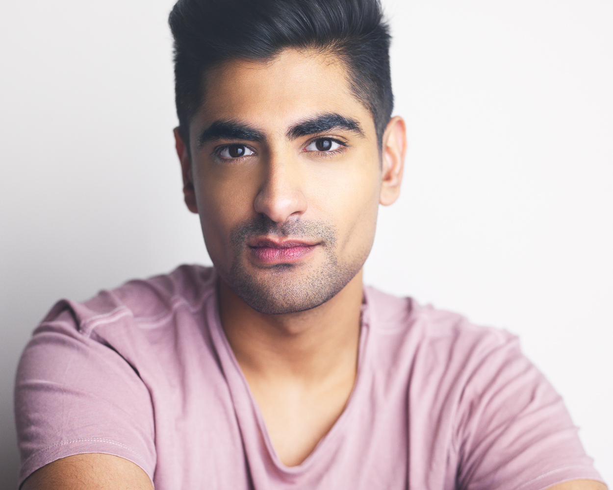 VARDAAN ARORA - Ending the year with a bang! Congrats to client Vardaan Arora for booking ABC's DECEPTION, his second major network booking in the past month. Can't wait to see what 2018 has in store for this guy!
