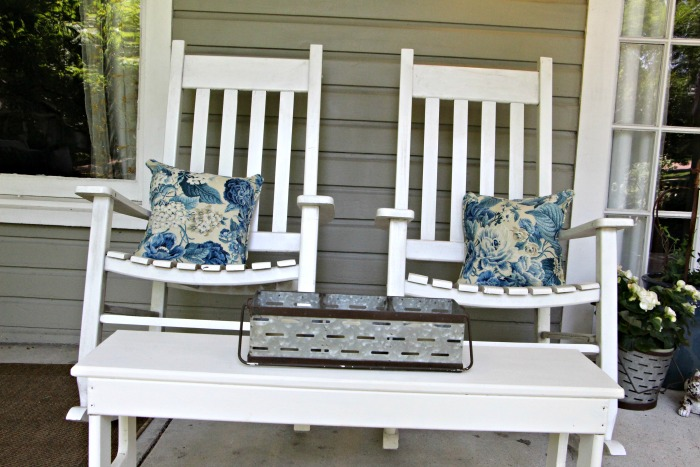 porch-rocking-chairs.jpg