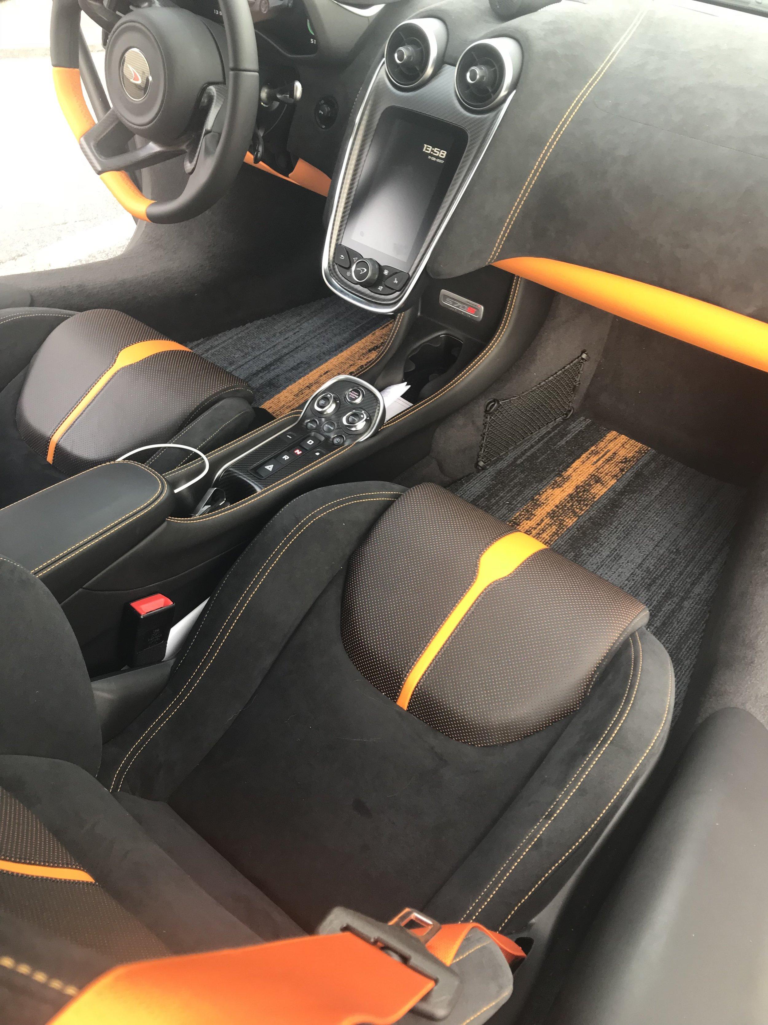 McLaren 570S Floor Mats