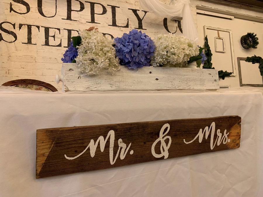 Mr.-&-Mrs-2.jpg