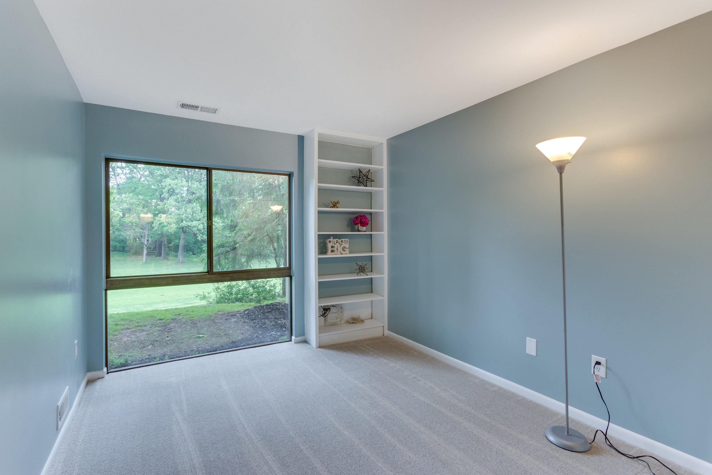 11718 Newbridge Ct Reston VA-print-075-39-Bedroom-4200x2800-300dpi.jpg