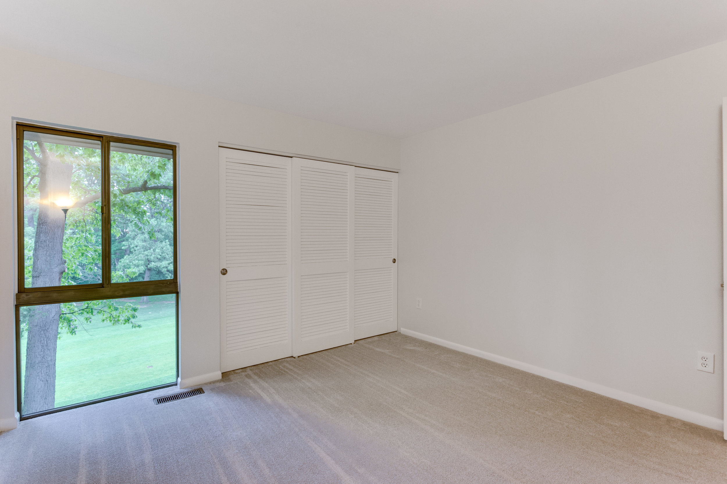 11718 Newbridge Ct Reston VA-print-062-93-Bedroom-4200x2800-300dpi.jpg
