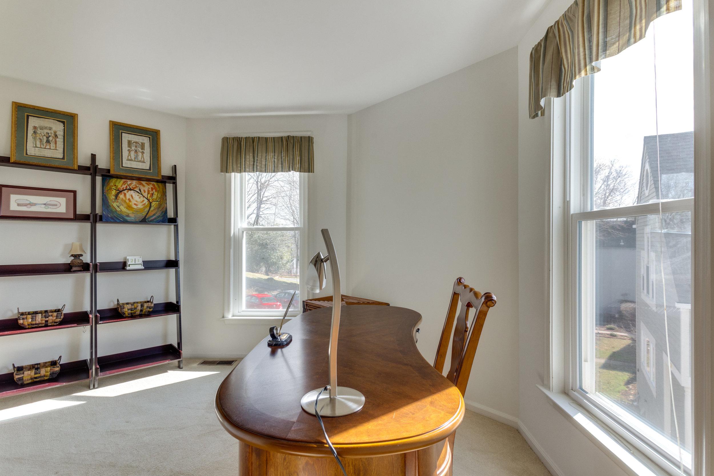 2072 Lake Audubon Ct Reston VA-print-058-54-Bedroom-4200x2800-300dpi.jpg