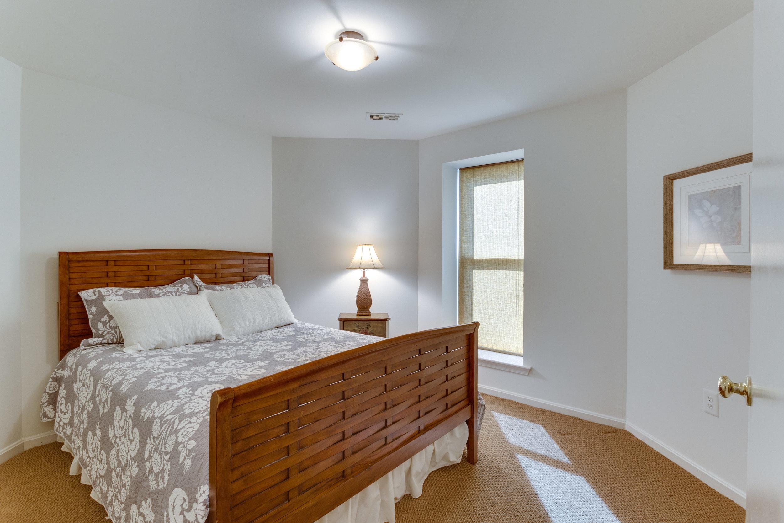 2072 Lake Audubon Ct Reston VA-print-067-57-Bedroom-4200x2800-300dpi.jpg