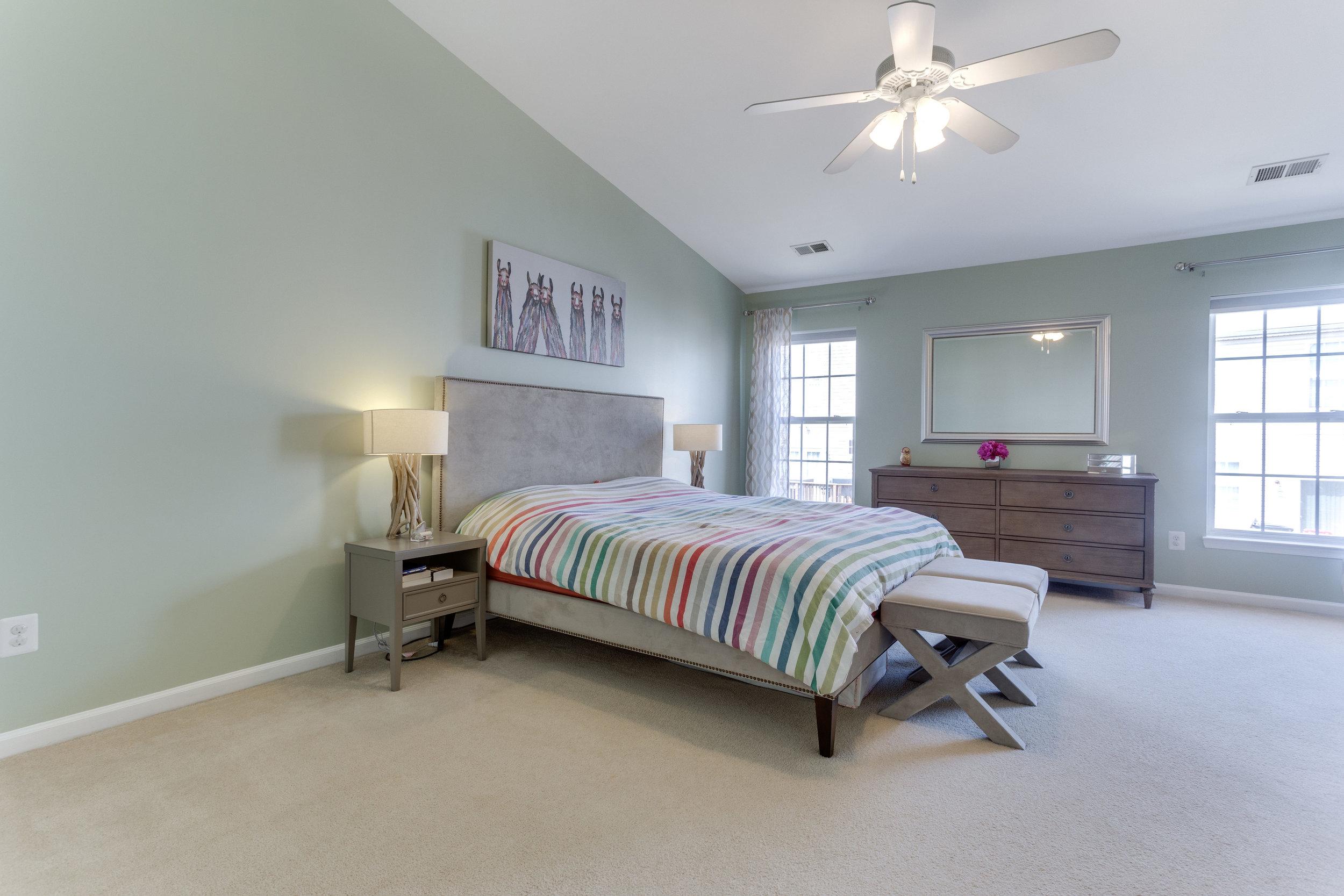 326 Baish Dr SE Leesburg VA-print-020-15-Master Bedroom-4200x2800-300dpi.jpg