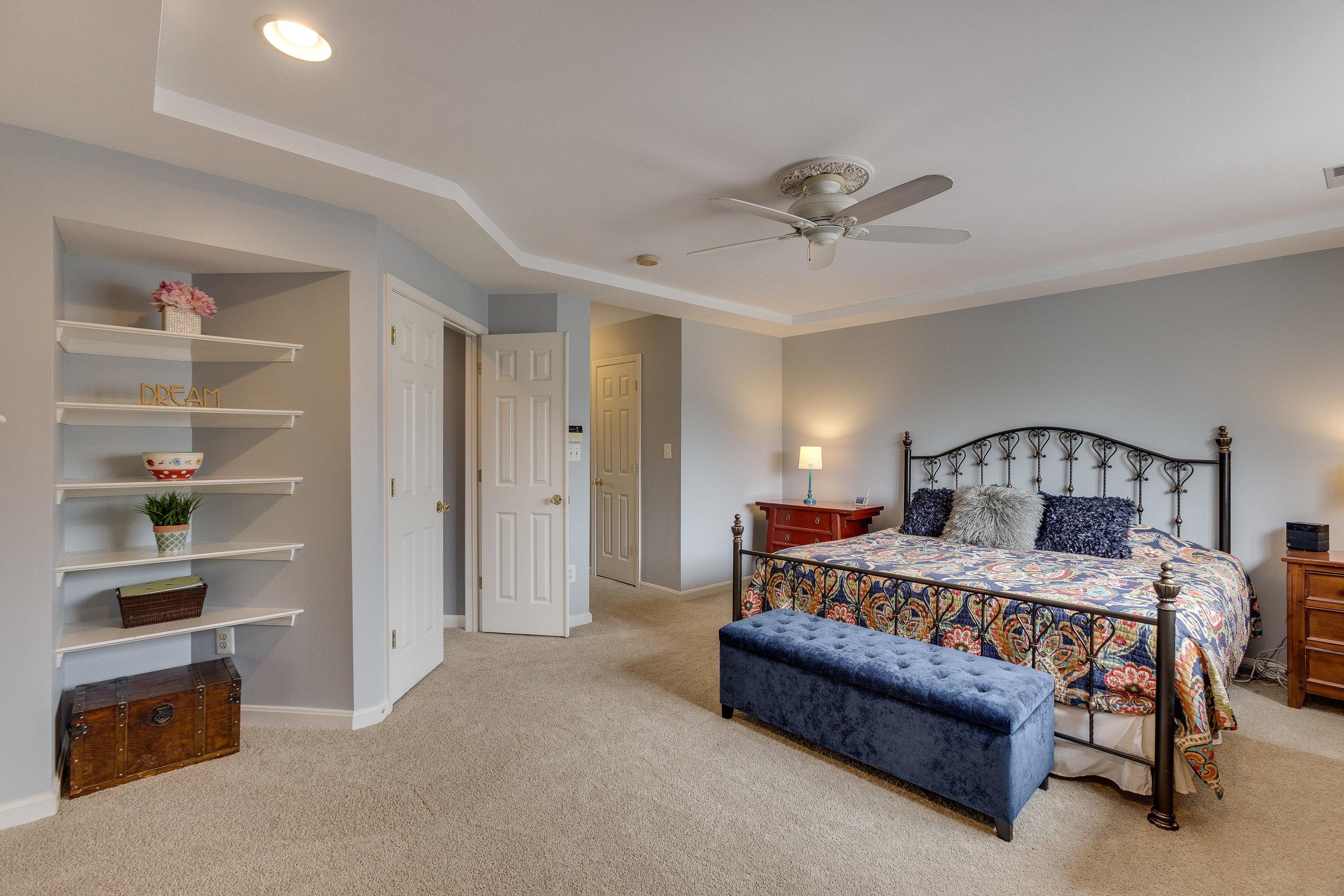 42840 Cedar Hedge St Chantilly-print-022-15-Master Bedroom-4200x2800-300dpi.jpg