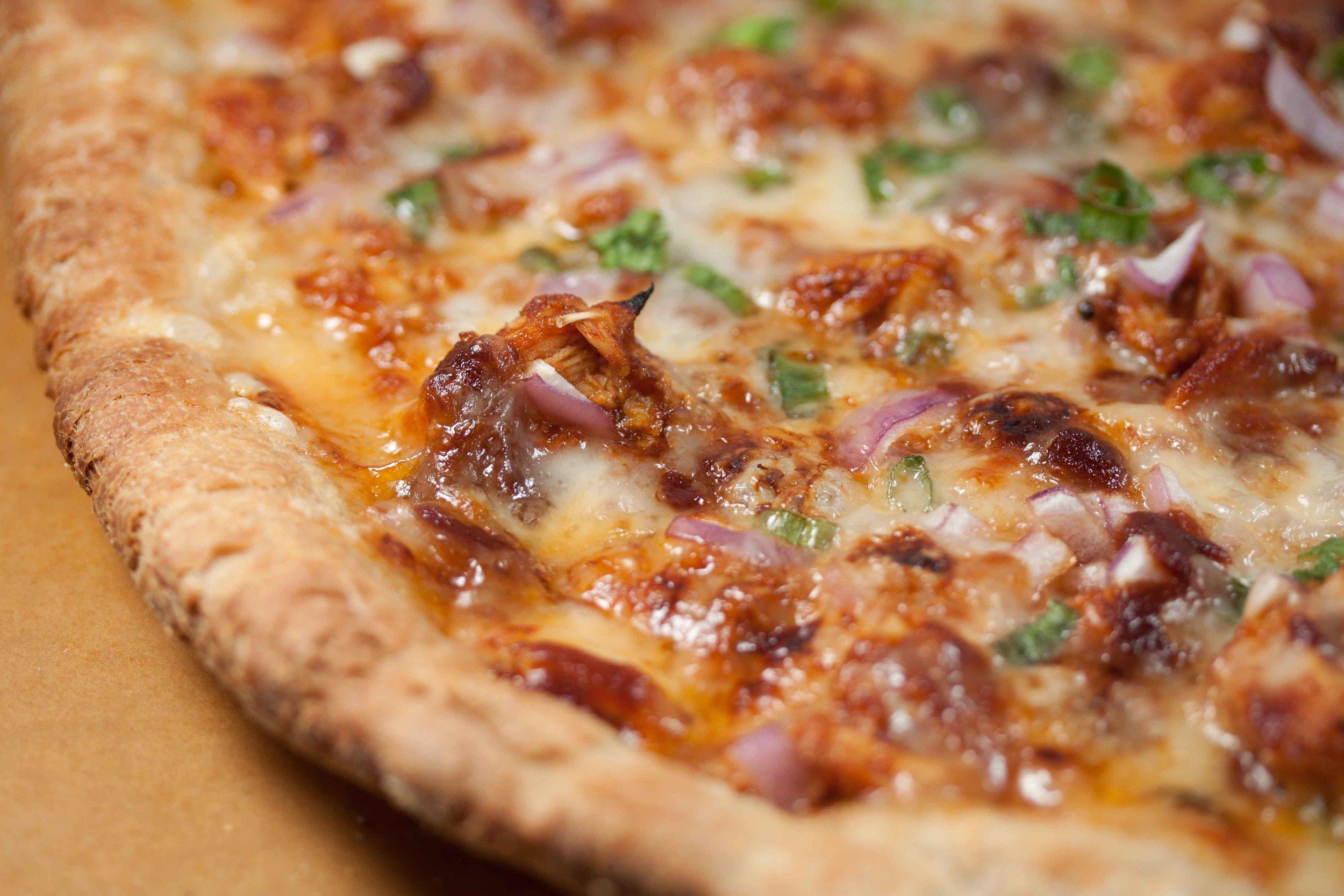 bbq_chicken_pizza-8.jpg