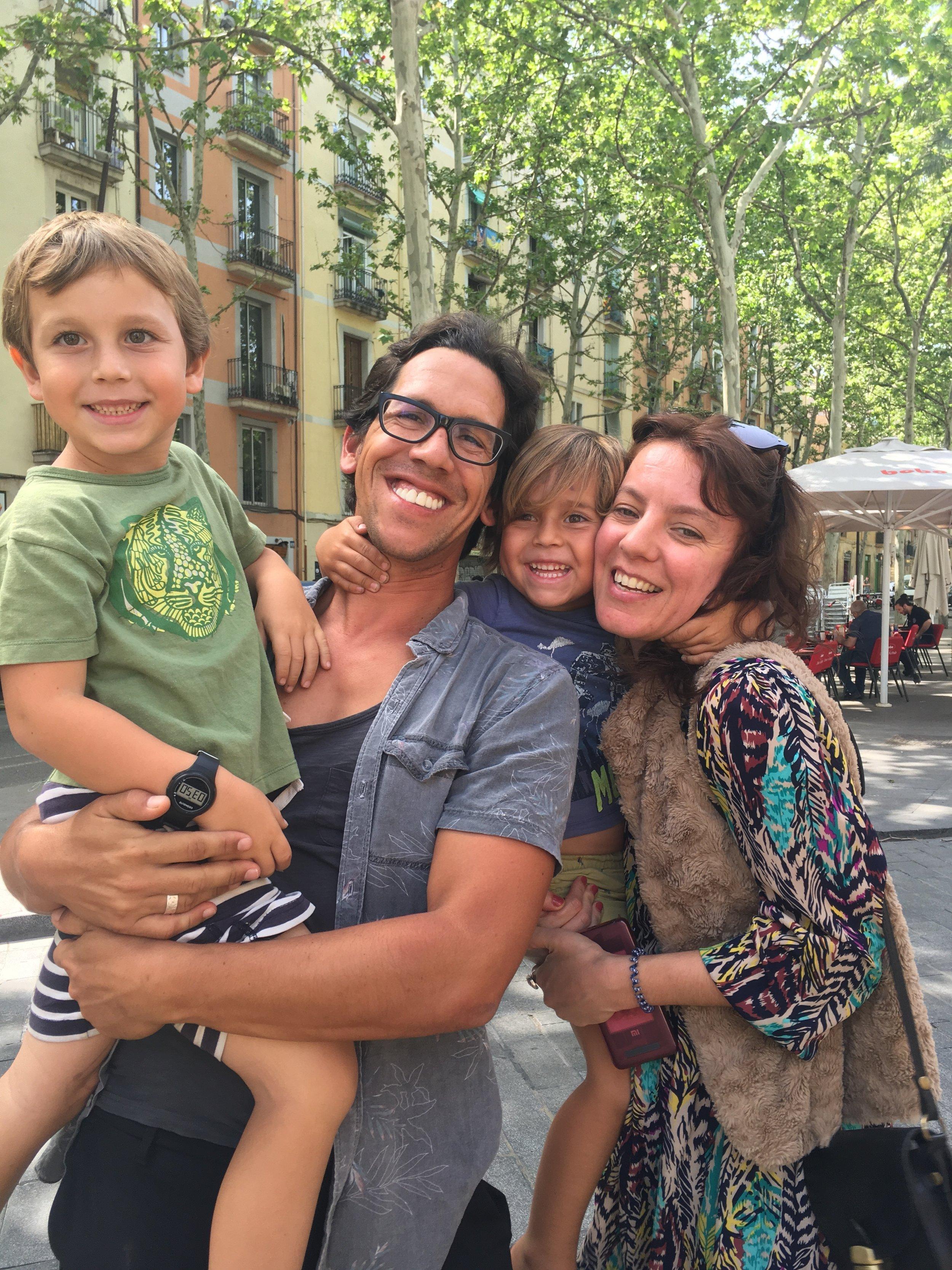 Con Mana, nos vimos solo por unas horas en Barcelona, pero fue una de esas personas especiales.