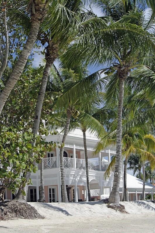 BahamasPinkhouse
