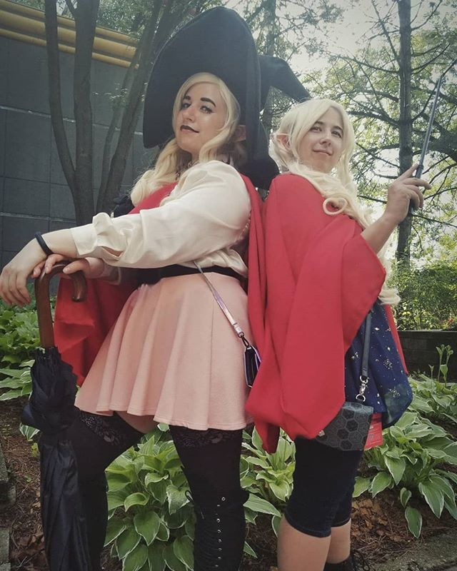 Look at us, darling, we're heroes . . . . . #theadventurezone #taz #tazcosplay #cosplay #tazbalance #tazbalancecosplay #taako #lup #taakocosplay #lupcosplay #theadventurezonecosplay #conventionlife