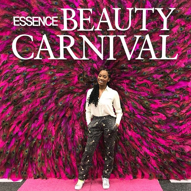My Essence Beauty Carnival Recap is LIVE! My favorite part was shopping with the vendors and I'm so in love with my newest products from @thehoneypotco, @elolipcare, @girlandhair, and @pholkbeauty! Click the link in my bio  to read more about my time there and some gems I received from the guest speakers! 💕 - PHG of the Week goes to @chrissyamelia! She is the founder of @skinbyame, a skincare line handmade in Ghana and is vegan and cruelty free! I recently purchased her popular black soap and it is so good! Click the link in my bio to learn more about Christina and her business! 💁🏾♀️