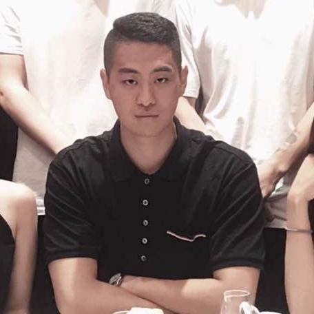 大家好,我叫王云鹏,身高188。坐标上海、以及波士顿。我喜欢拳击健身。  🌟已验证,非照骗