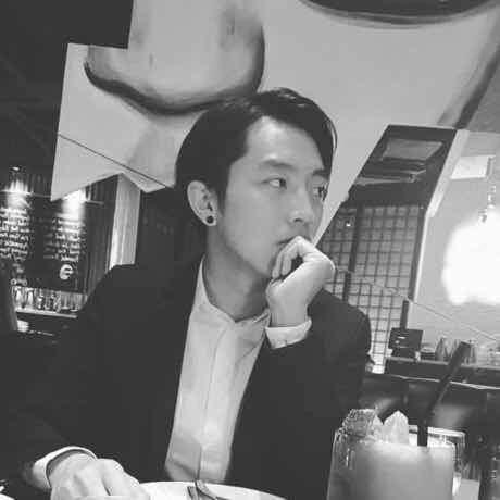 我叫陈思扬,来自上海。现就读于洛杉矶音乐学院,主修Music Business,爱好写歌练琴。曾经是创建过一个乐队,我是该乐队乐队主唱,现在是一名吉他手。很高兴认识你。  🌟已视频验证,本人更帅