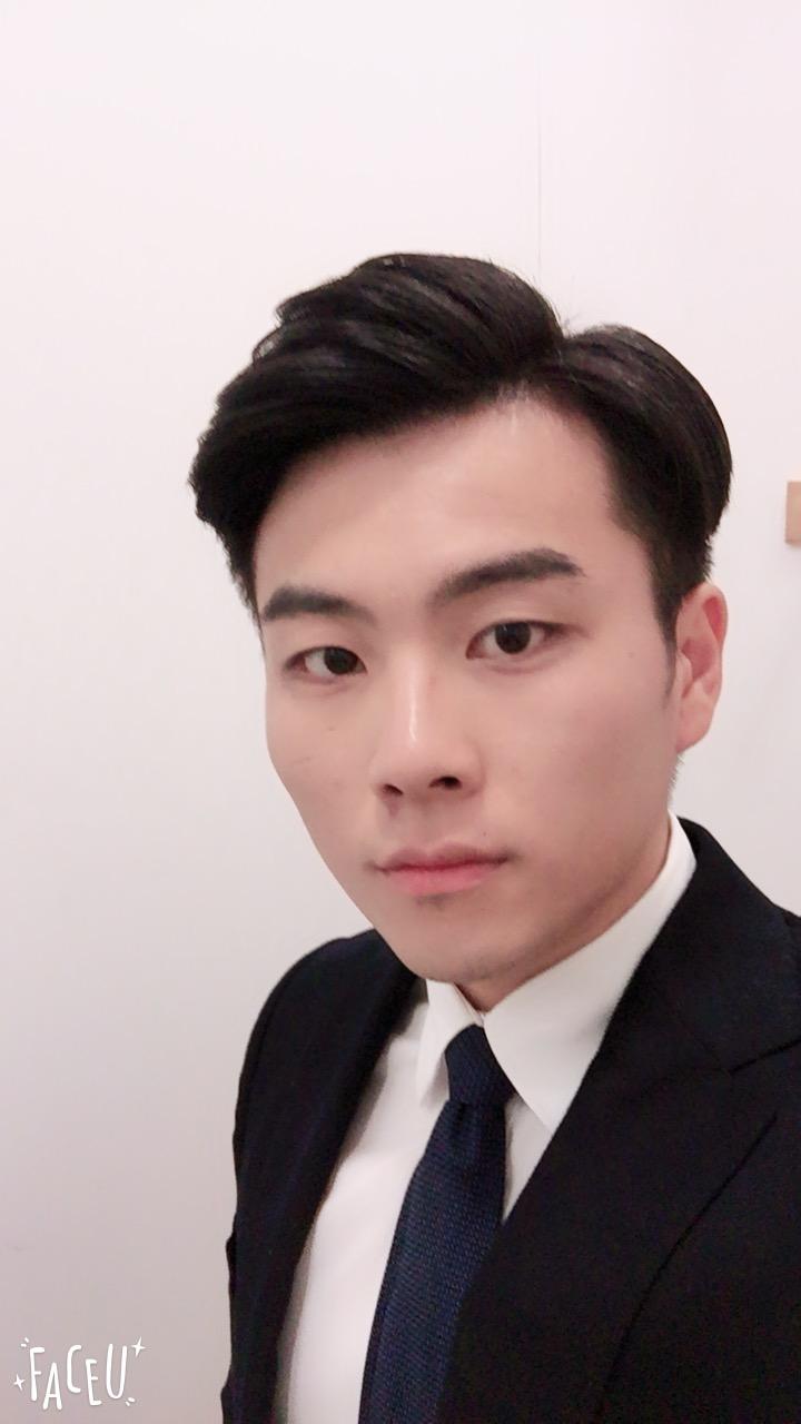 我叫江涛,坐标江阴,就读于苏州科技大学。天蝎座但不腹黑,不太会网聊。热爱健身,学习。最喜欢看大话西游,喜欢jj