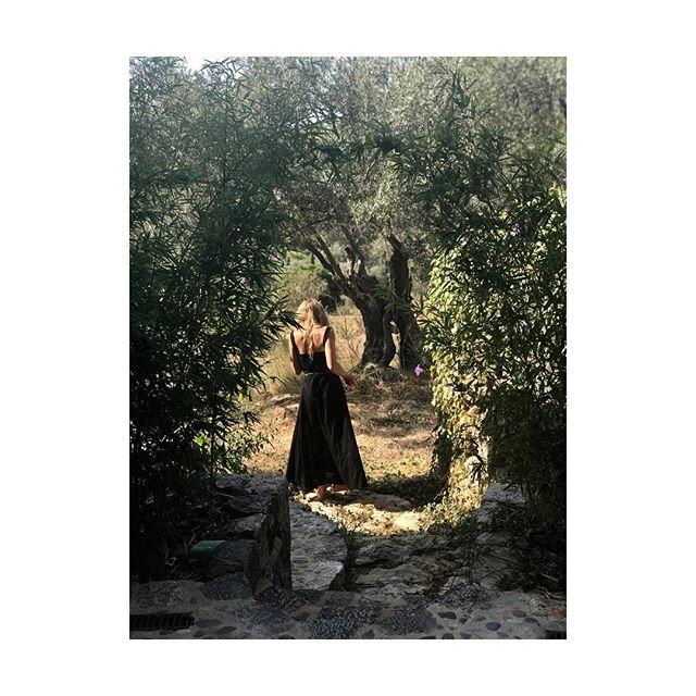 LUCINDA 🌕🌖🌗🌘🌑🌒🌓🌔 #dress #deià