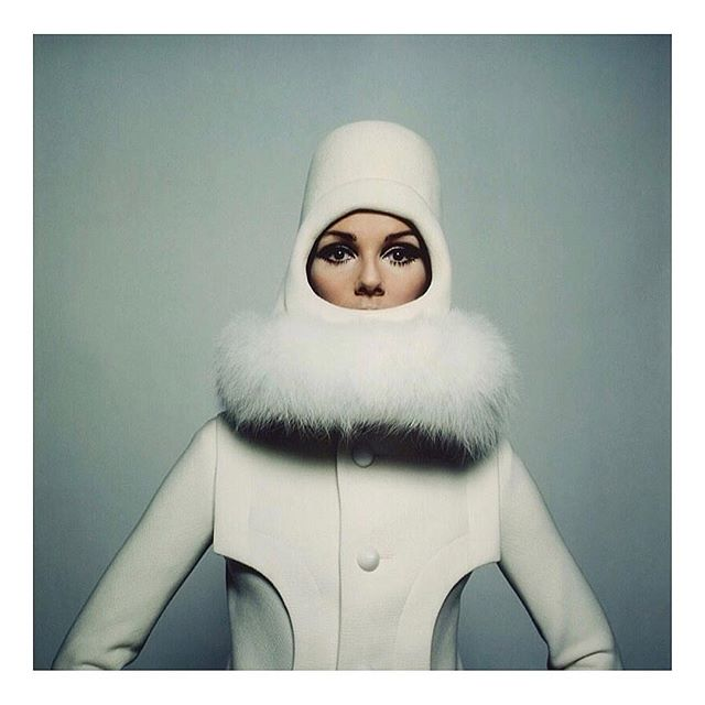 The Eskimos, I'm told, have 17 different words for shades of white ☁️ #inspiration