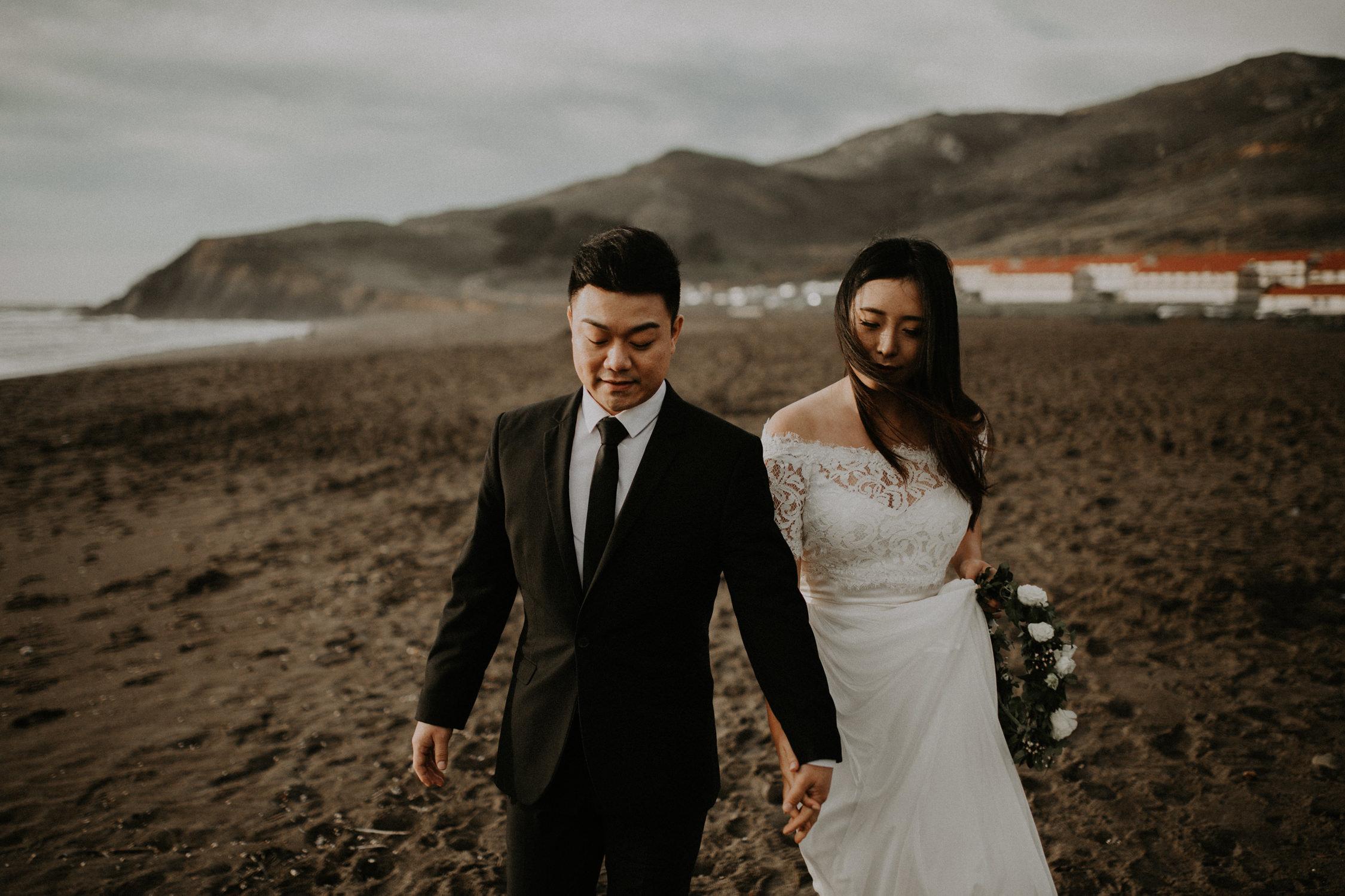 couple-engagement-marin-headlands_0021.jpg