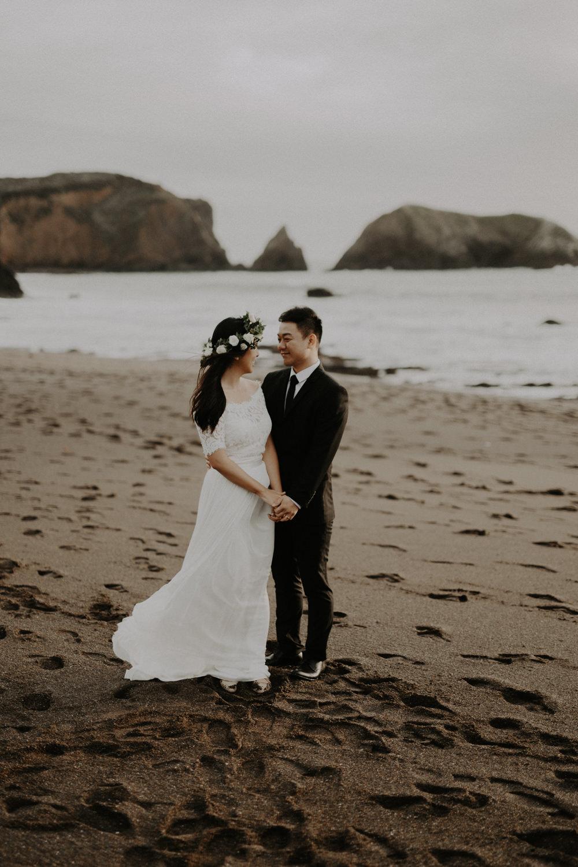 couple-engagement-marin-headlands_0035.jpg