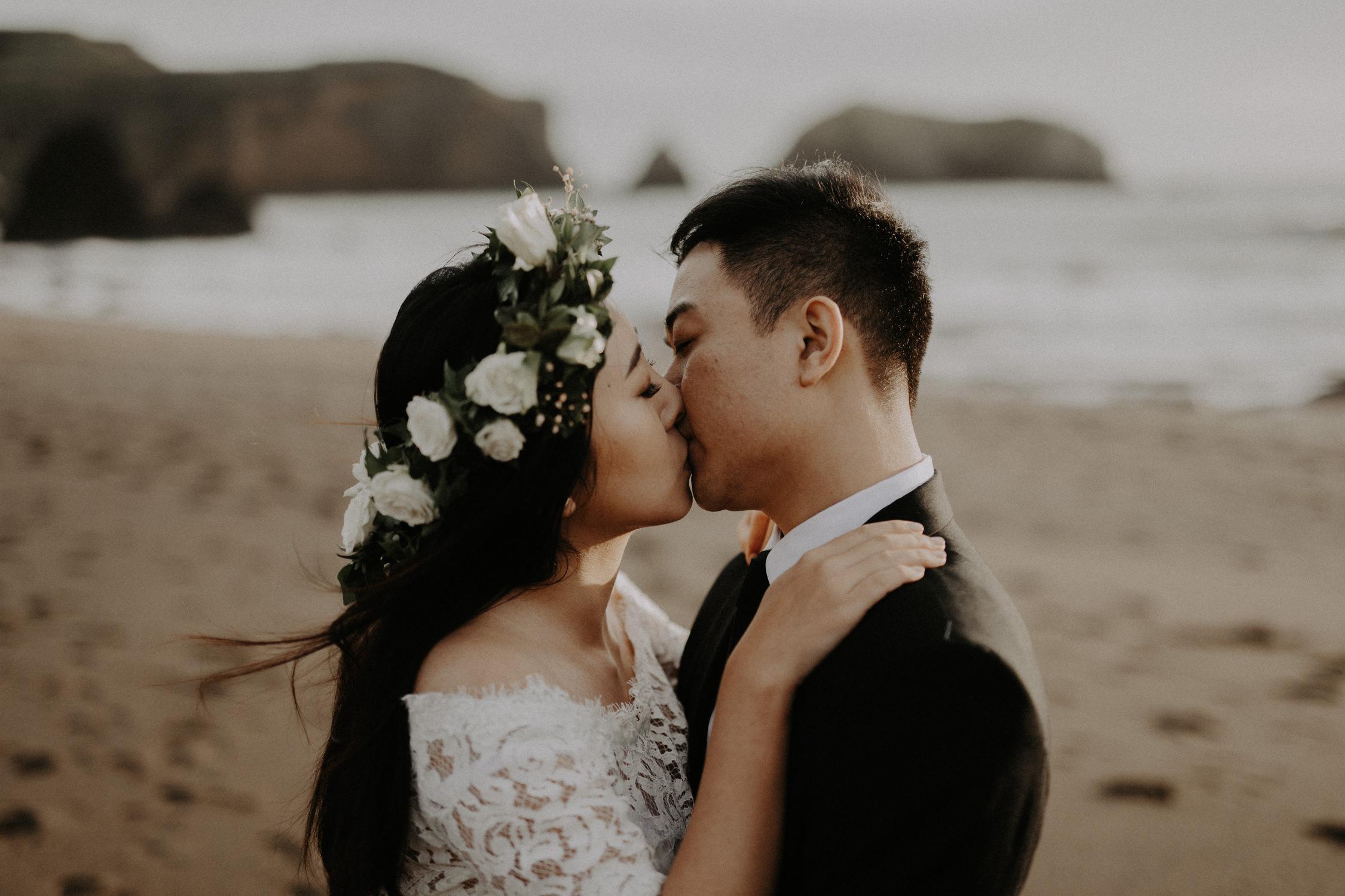 couple-engagement-marin-headlands_0034.jpg
