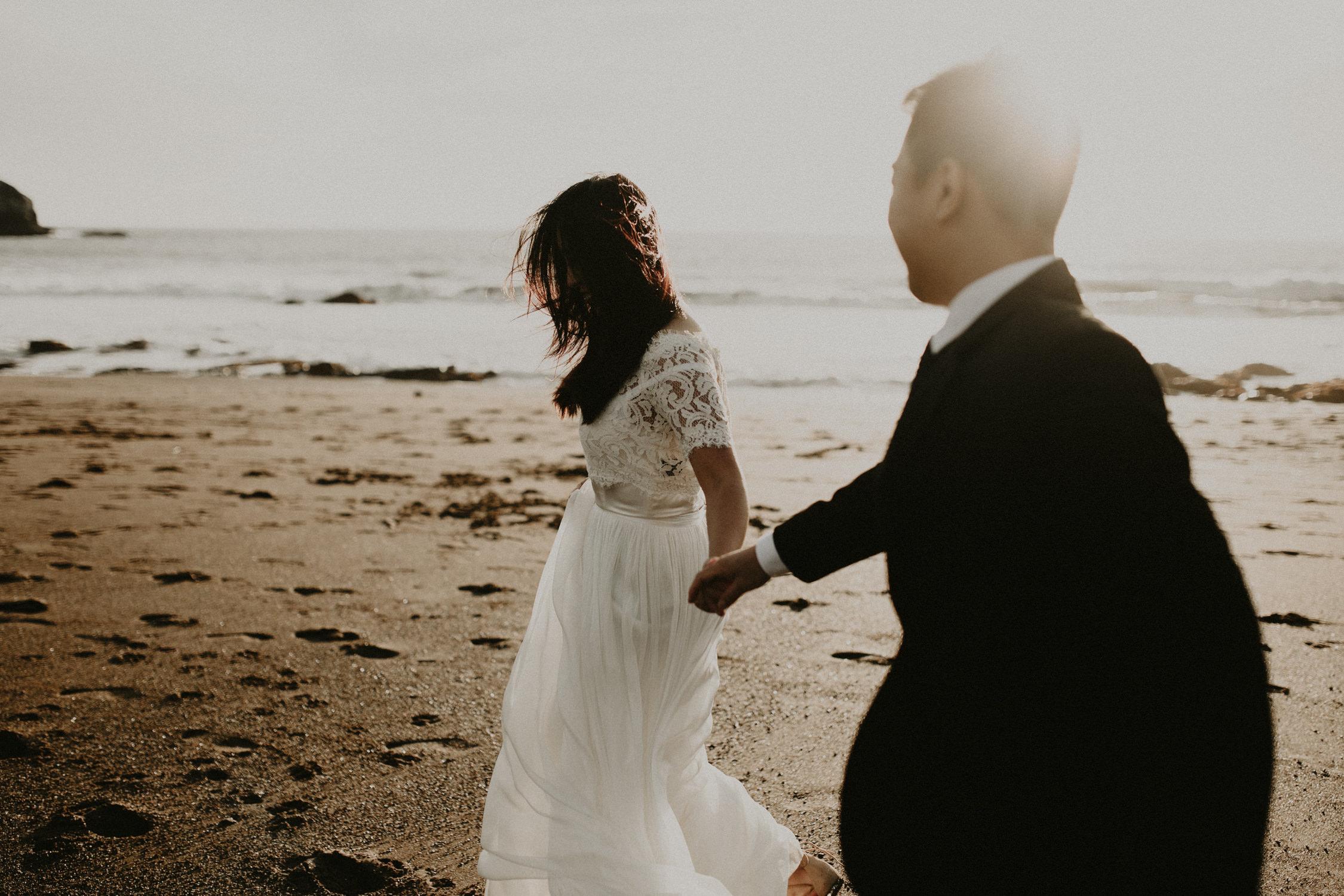 couple-engagement-marin-headlands_0045.jpg