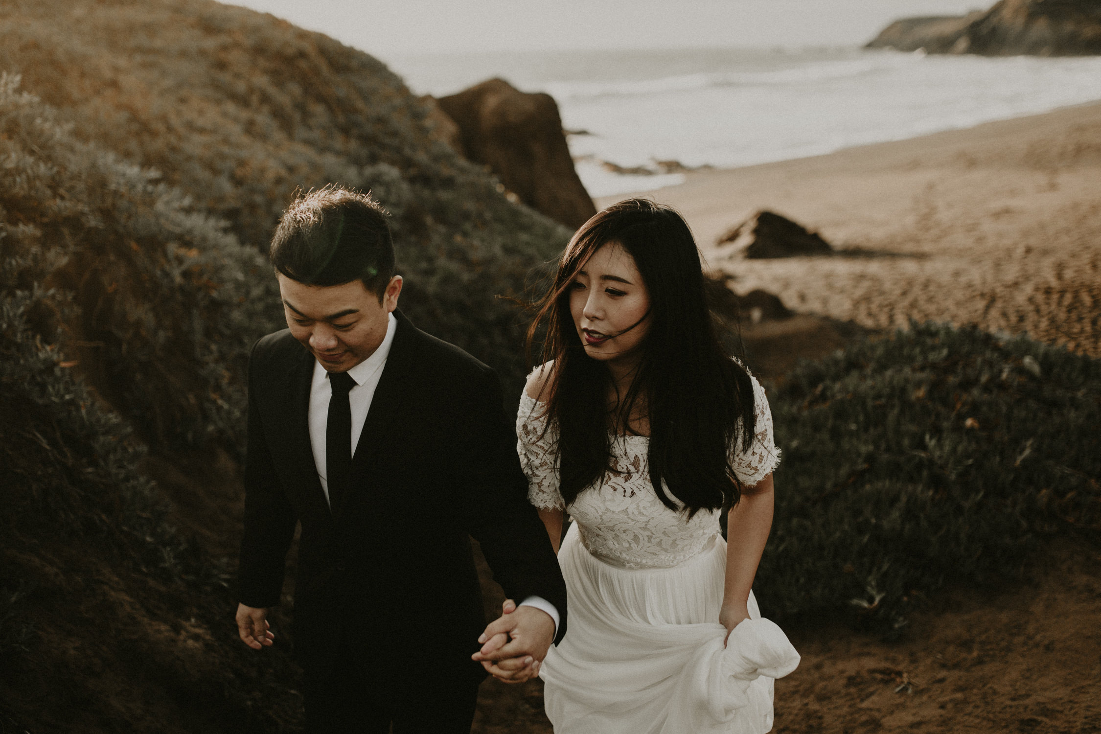 couple-engagement-marin-headlands_0047.jpg
