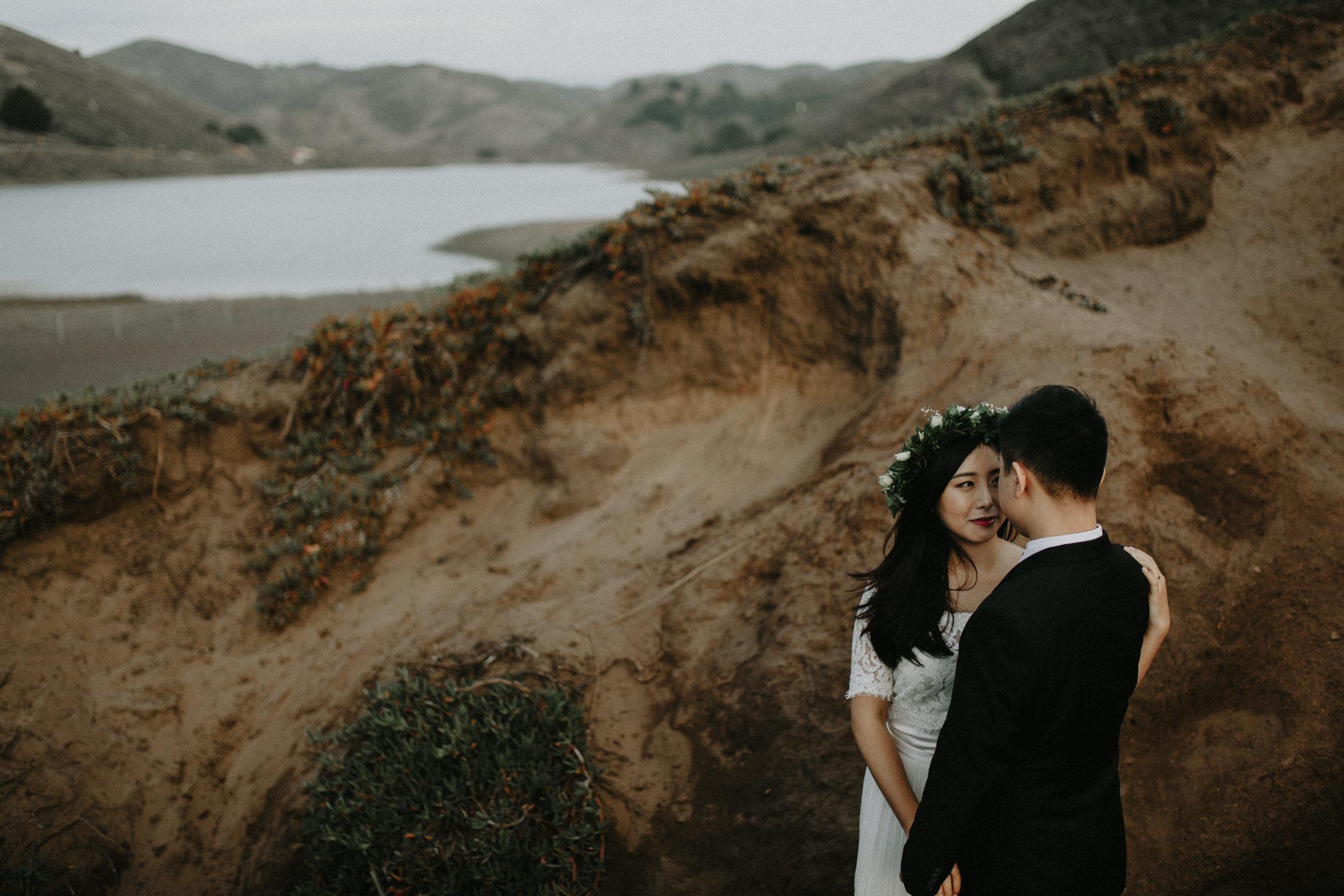 couple-engagement-marin-headlands_0073.jpg