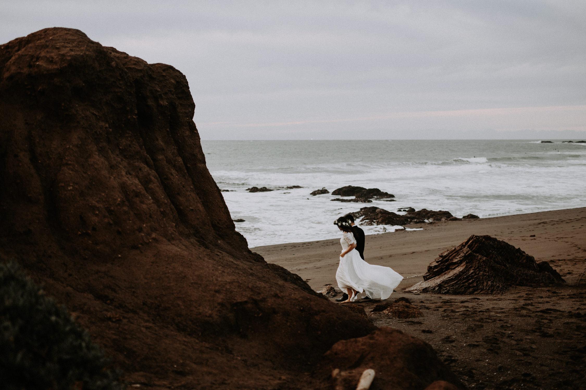 couple-engagement-marin-headlands_0086.jpg