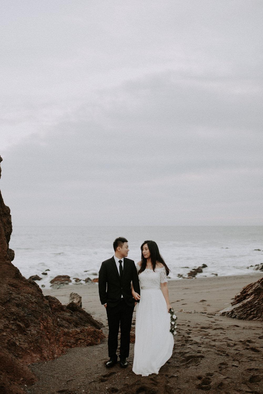 couple-engagement-marin-headlands_0089.jpg